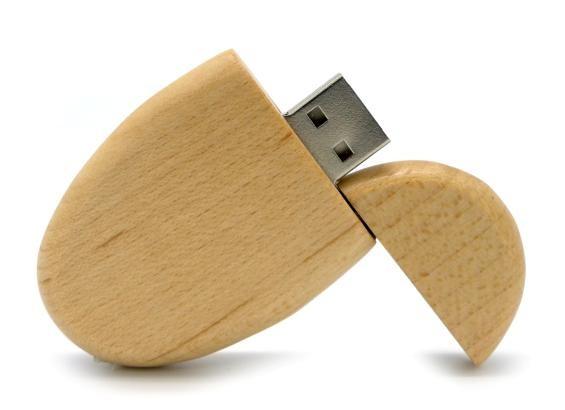CLE USB OVALE EN BOIS