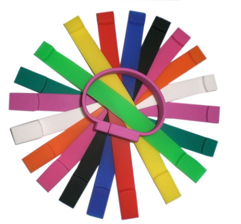CLE USB BRACELET SILICONE CAURO
